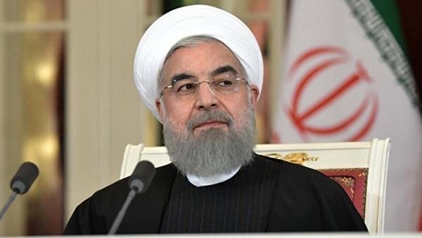 Ruhani İran xalqından üzr istədi
