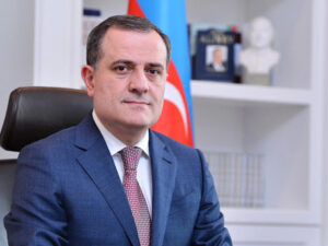 Ceyhun Bayramov Ermənistanın XİN başçısına cavab verib