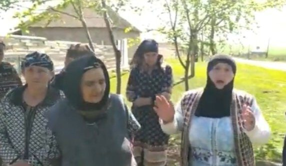 Ağsu rayonunda kənd sakinləri ayağa qalxdı – VİDEO