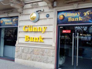 """Şirkətlər """"Günay Bank""""dan depozitlərinin bir hissəsini geri çəkib"""