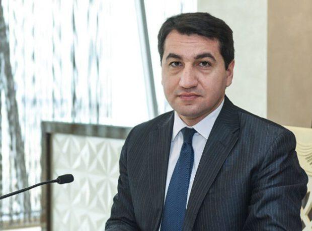 """Hikmət Hacıyev: """"Azərbaycanda bütün rəqəmlər şəffafdır"""""""