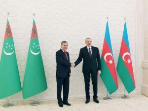 Azərbaycan Prezidenti Türkmənistan Prezidentinə zəng etdi
