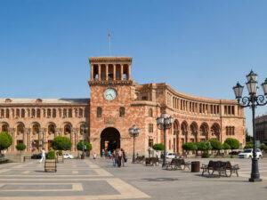 Regionda yolların açılması Yerevanın xeyrinə olacaq – Ermənistan baş nazirinin müavini