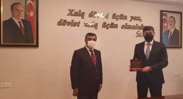 İcra başçısı Azərbaycan-Ukrayna beynəlxalq alyansın ordeni ilə təltif olundu