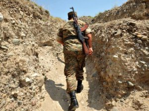 Ermənistan ordusu vacib yüksəklik və bir sıra mövqelərdən geri çəkildi – RƏSMİ