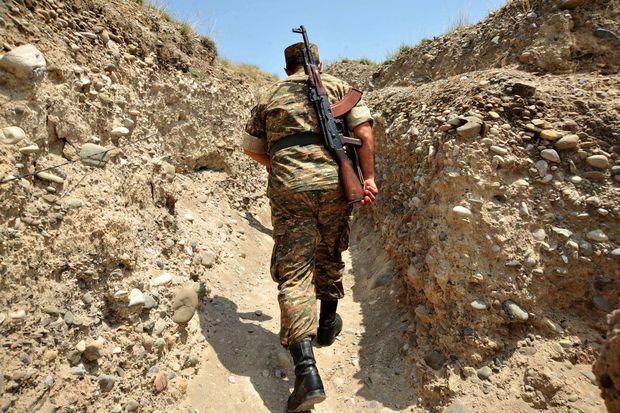 Erməni səngərindən çəkiliş: Ordumuzun PUA-sı nələr etdi… – VİDEO