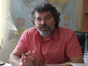 Bakıda məşhur nəşriyyatda polis reydi… – Video