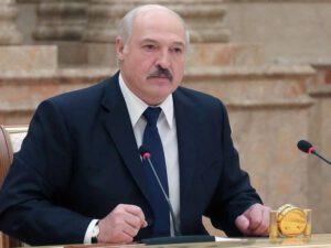 Bakıdan dönən kimi Putin mənə zəng etdi – Lukaşenko
