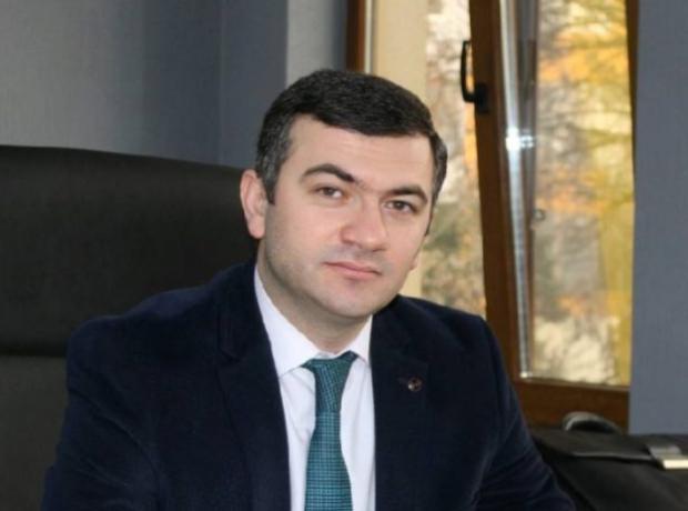 """""""Günay Bank"""" daxili auditini bu şəxsə – Həvalə Edib"""