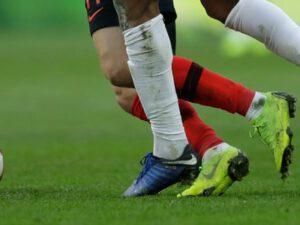 Türkiyədə futbolçu qaldığı otelin pəncərəsindən yıxılıb öldü – FOTO
