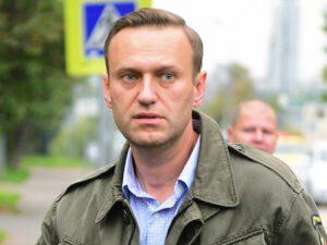 """Navalnı həbsxana rəhbərliyini məhkəməyə verdi – """"Qurani-Kərim""""ə görə"""