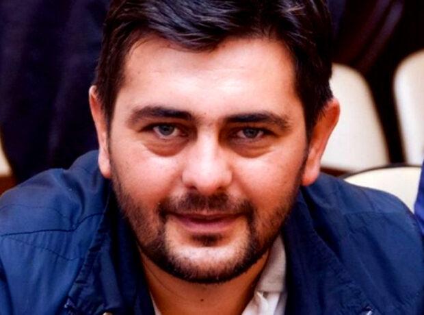 """Nəcməddin Sadıkov """"qurdu"""""""