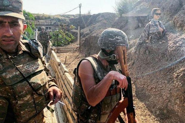 Ermənistan ordusu döyüş bölgəsində hərbçi çatışmazlığına görə manekenlərdən istifadə edir