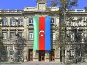 """Azərbaycan """"Facebook"""" şirkətinə müraciət ünvanladı: İstifadəçiləri susdurmaq üçün profillər kütləvi bloklanır"""