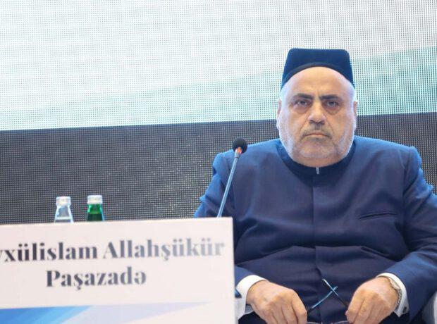 """Allahşükür Paşazadə: """"Azərbaycan vətən müharibəsi aparır"""""""