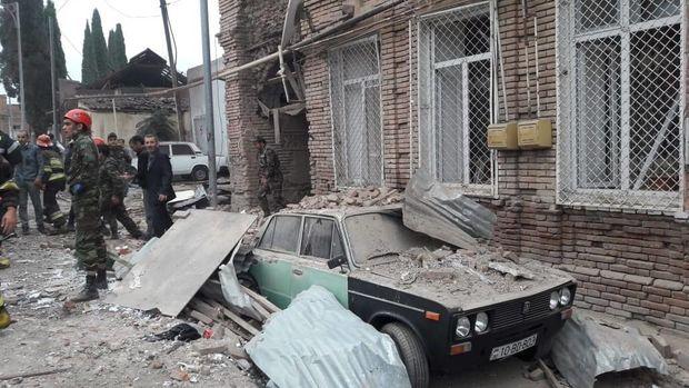 Ermənistanın Gəncəni atəşə tutması nəticəsində bir nəfər ölüb, 4 nəfər yaralanıb – FOTO