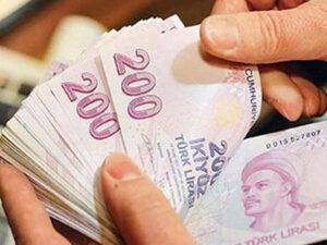 Dollar Türkiyədə 8 lirəni ötüb