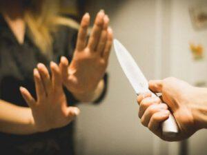 """Ögey qızını bıçaqlayan kişi: """"Gecələr """"can"""", baş üstə"""" deyirdi"""" – Naftalanda şok olay"""