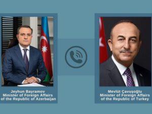 Azərbaycan və Türkiyə XİN başçıları telefonla danışıb