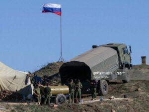 Rusiya ordusu Ermənistan-Azərbaycan sərhədində yerləşdirildi – FOTO