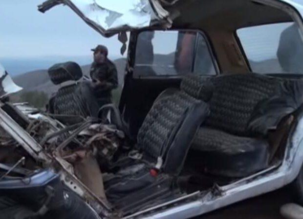Ağdaşda 2 avtomobil toqquşdu – Gənc oğlan öldü