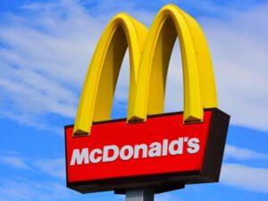 """""""McDonalds""""ın Azərbaycanda reklam və piar işlərini həyata keçirən şirkətin adı açıqlandı – FOTO"""