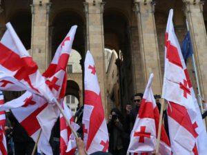 Gürcüstan sabah seçkilərə gedir – Saakaşvili əsas namizəddir