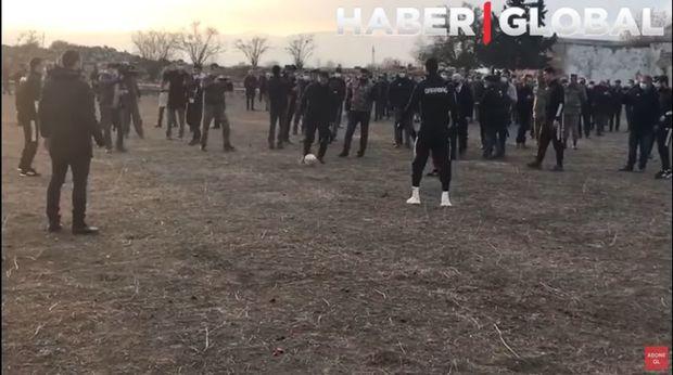 """27 il sonra ilk dəfə: Prezidentin köməkçi """"Qarabağ"""" klubu ilə Ağdamda futbol oynadı – VİDEO"""
