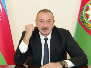 """Azərbaycan Prezidenti: """"Əgər kimsə revanşist fikirlərlə yaşayırsa, bax, bu yumruğu görəcək"""""""