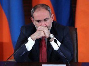 Erməni diplomatlar Paşinyanın istefasını istəyir