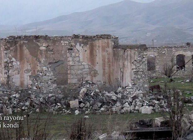 Amerikalı məşhur jurnalist erməni vandalizmini kəskin pisləyib