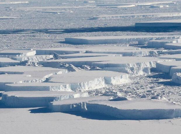 Xəzərdə qalın buz qatının yaranma səbəbləri açıqlandı