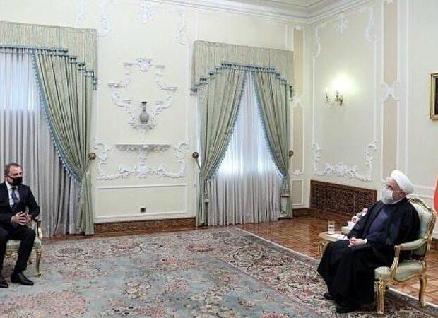 Ceyhun Bayramov İran prezidenti ilə görüşdü