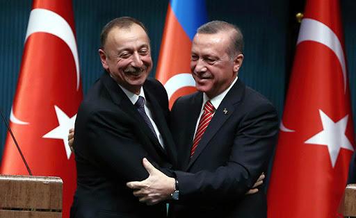 """""""Böyük dövlətlər Türkiyə və Azərbaycanla düşmən olmaq istəmirlər"""""""