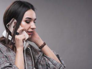 Telefon danışığınızı kim dinləyir?