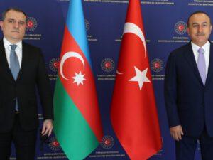 Bayramov Çavuşoğlu ilə telefonla danışdı
