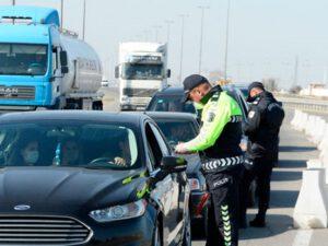Dövlət Yol Polisi: İcazəsi olmayanlar postlardan buraxılmayacaqlar
