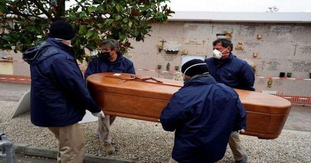 Qadın ölümündən 10 gün sonra qocalar evinə qayıtdı – FOTO