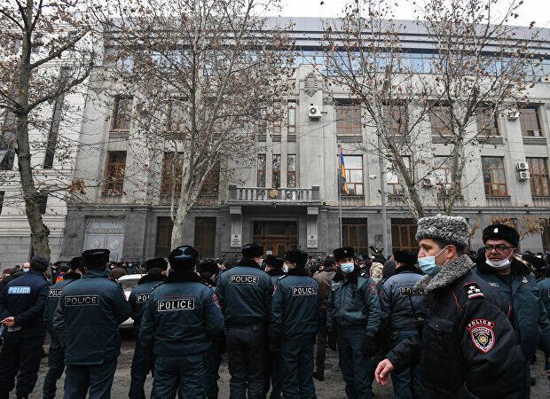 Müharibə zamanı seperatçıların 11 polisi məhv edilib, 30-u yaralanıb