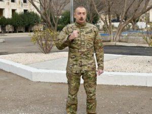 """""""Azərbaycan yenidən, güclü, bütöv və böyük şəkildə inşa edilir"""""""
