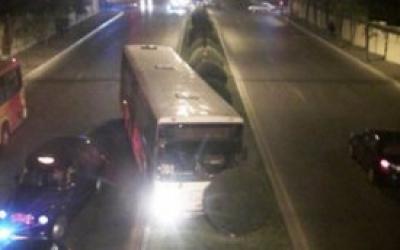 Sumqayıtda film kimi hadisə: Marşrut avtobusu qaçırıldı – ANBAAN VİDEO