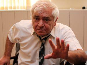 """""""Ağladıqca kişi qeyrətsiz olur"""" – Aqil Abbasdan İranın hədəsinə REAKSİYA"""