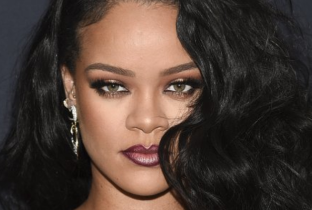 Rihanna onu 29-cu mərtəbədən atmaq istəyən adamın kimliyini açıqlayıb – FOTOLAR