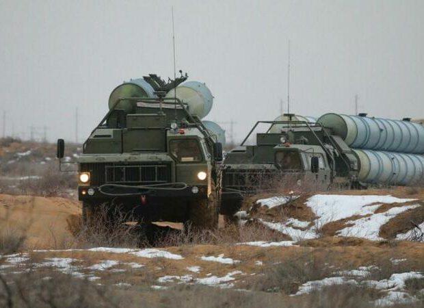 Rusiyanın S-400 təlimləri davam edir: hədəfi 700 km-dan vurur – FOTO