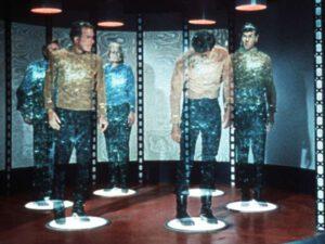Facebook yaradıcısından ŞOK AÇIQLAMA: Bu tarixdən insanlar teleportasiya edə biləcək