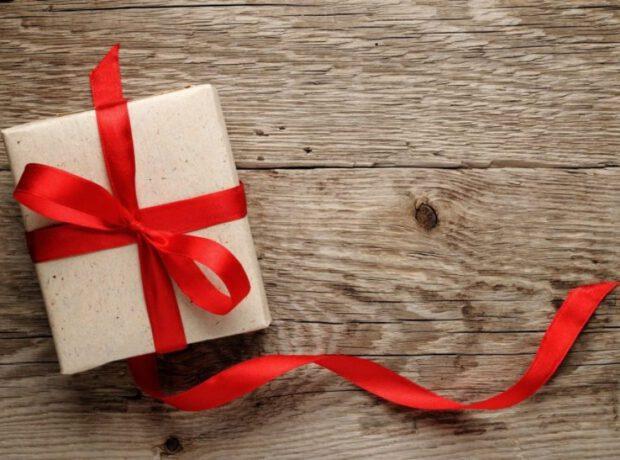 8 Martda xanımlara ən çox bu hədiyyələr verilir – SORĞU
