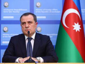 """Ceyhun Bayramov: """"Sərhəd məsələsinin şişirdilməsi yolverilməzdir"""""""