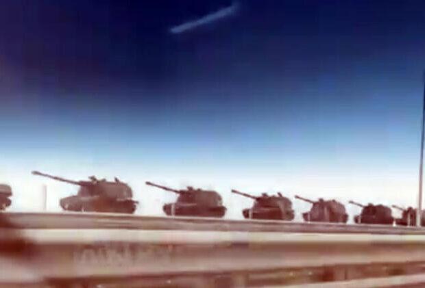 SON DƏQİQƏ: Rusiya tankları Donbassa daxil olur – GÖRÜNTÜLƏR YAYILDI / FOTO