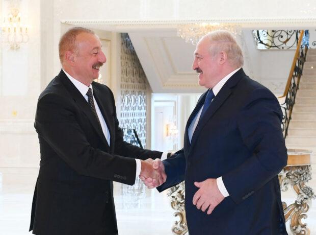 İlham Əliyev Lukaşenko ilə təkbətək görüşdü – FOTO