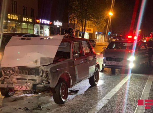Bakıda sürücü qəza törətdi maşını yandı, özü isə döyüldü – FOTO